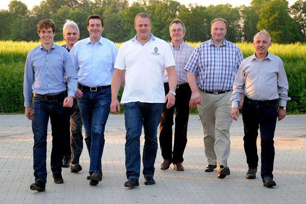 Die Initiatorenmannschaft der Bürgerwind Greven GmbH & CO. KG vlnr: Werning, Waltersmann, Langkamp, Eilers, Markfort, Deitermann, Wiethölter